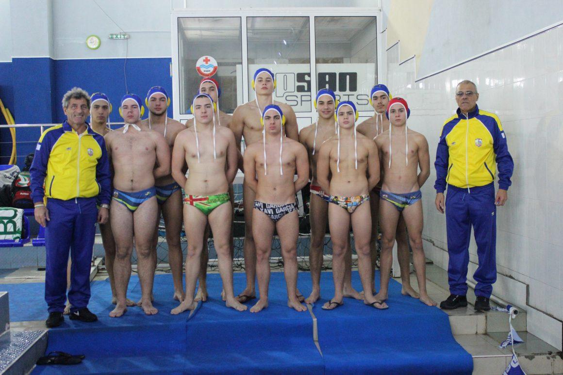Комодор и КПС Варна водят при U19